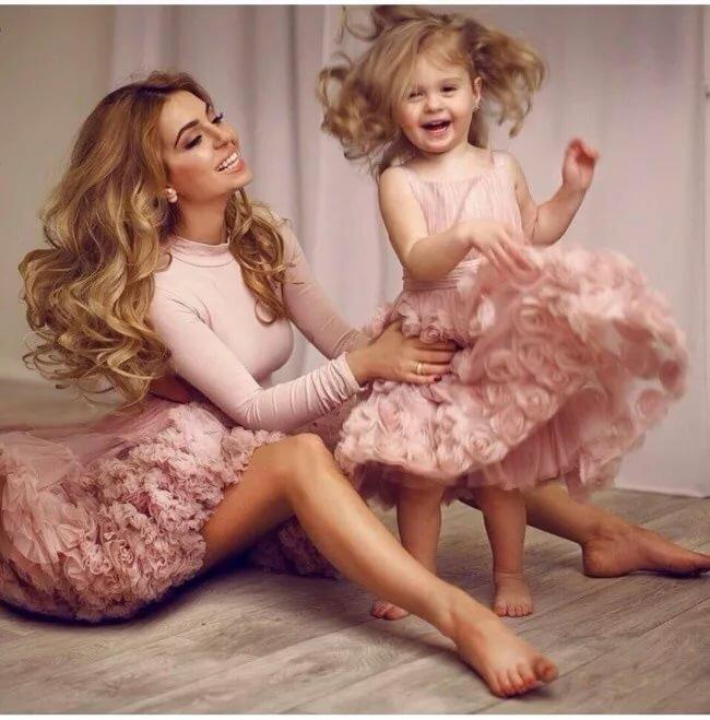 Картинки мама и дочки красивые, иван васильевич