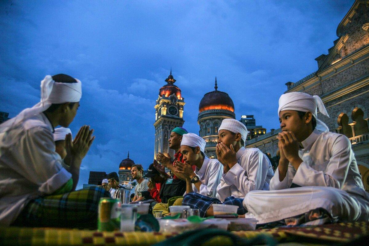 Рамадан 2021 начало и конец: когда можно есть