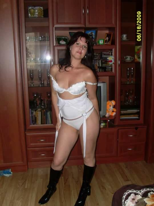 жена в домашних фото - 1