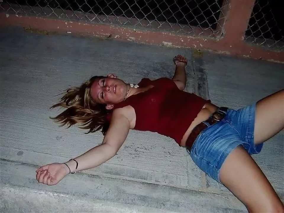 Смотреть онлайн про пьяных женщин, красивый мачо порно