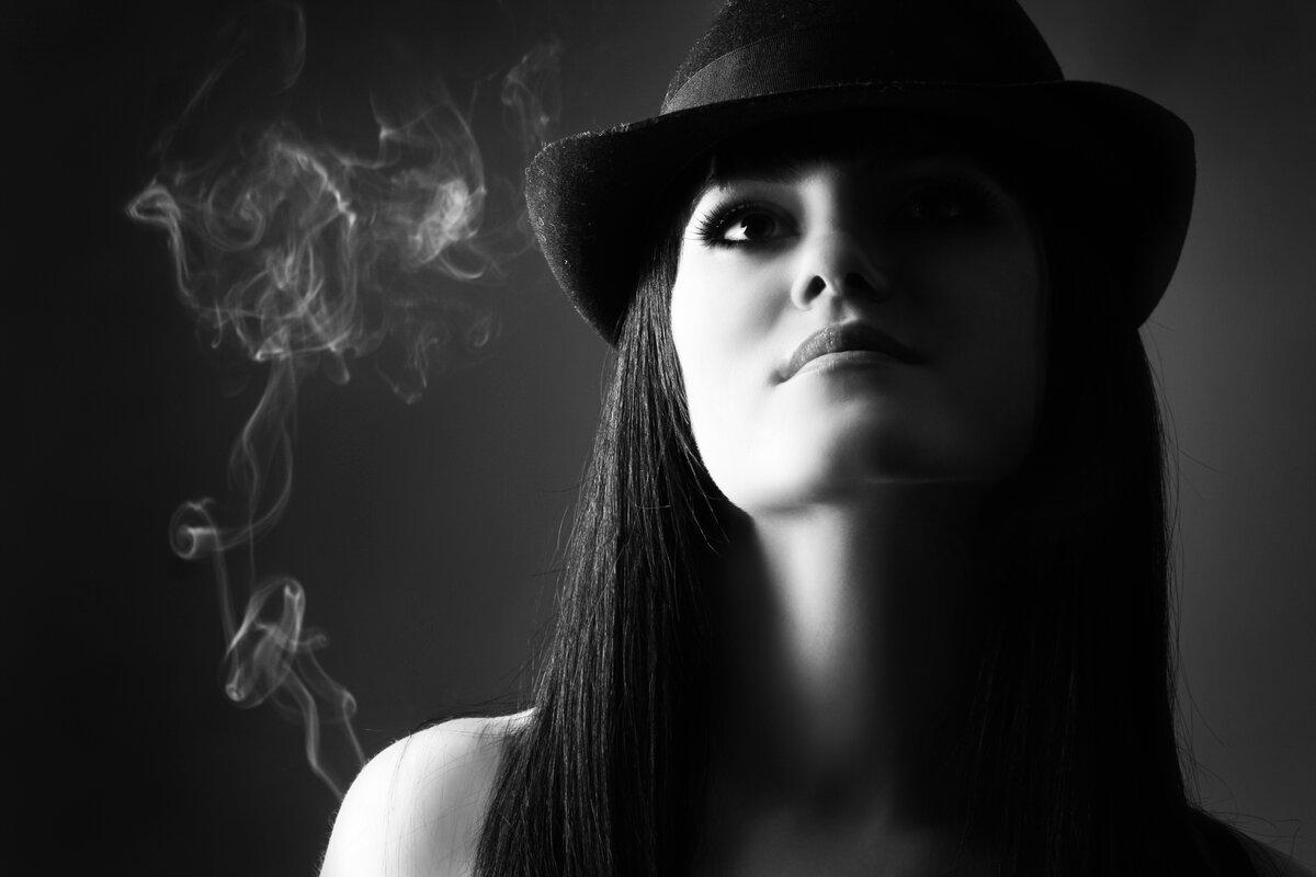 Картинки на аву девушки в черном