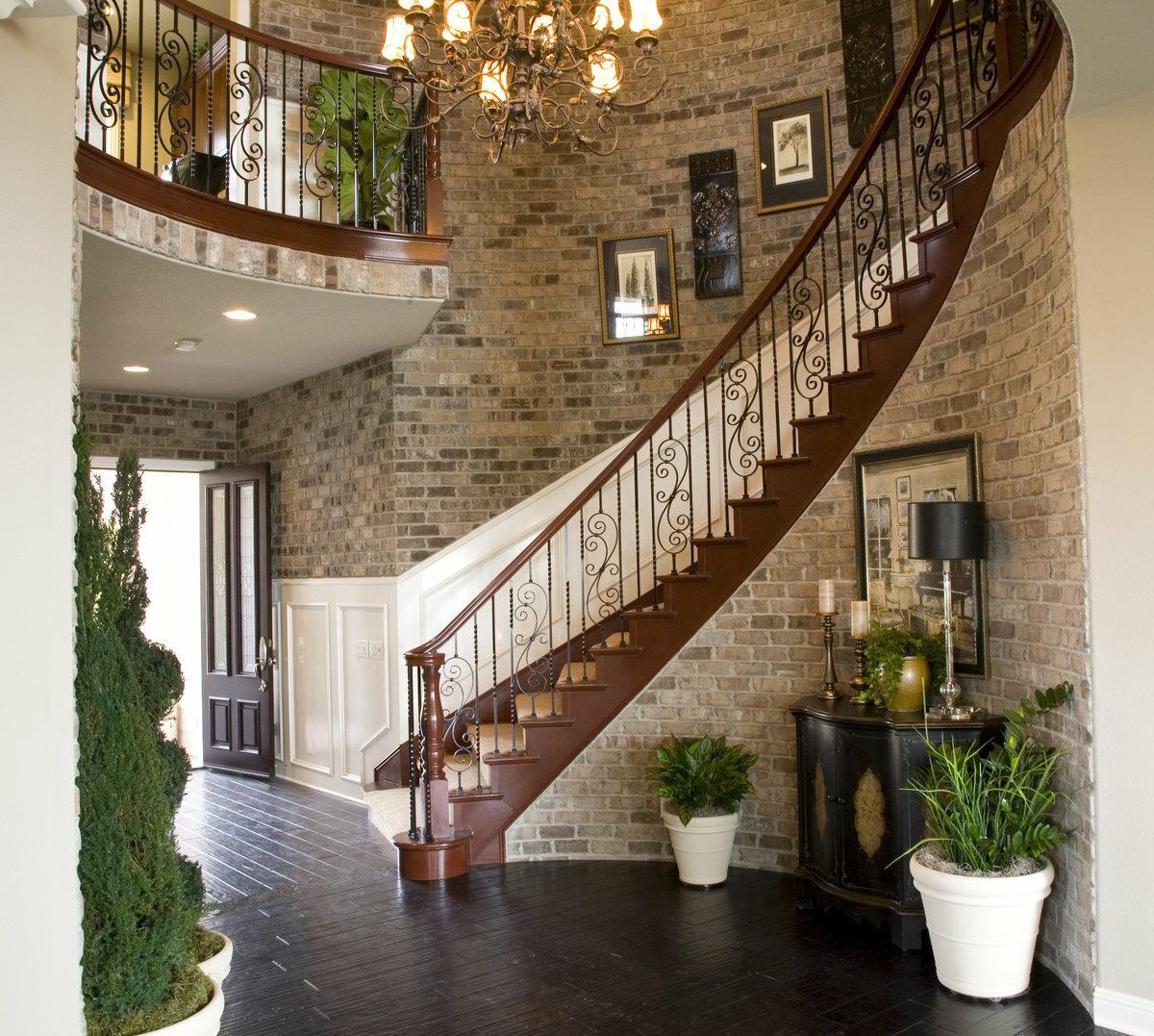 одна самых ремонт на лестнице в частном доме фото рекламе