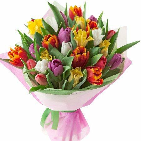 Букет на 8 марта, 8 марта, тюльпаны к 8 марта,