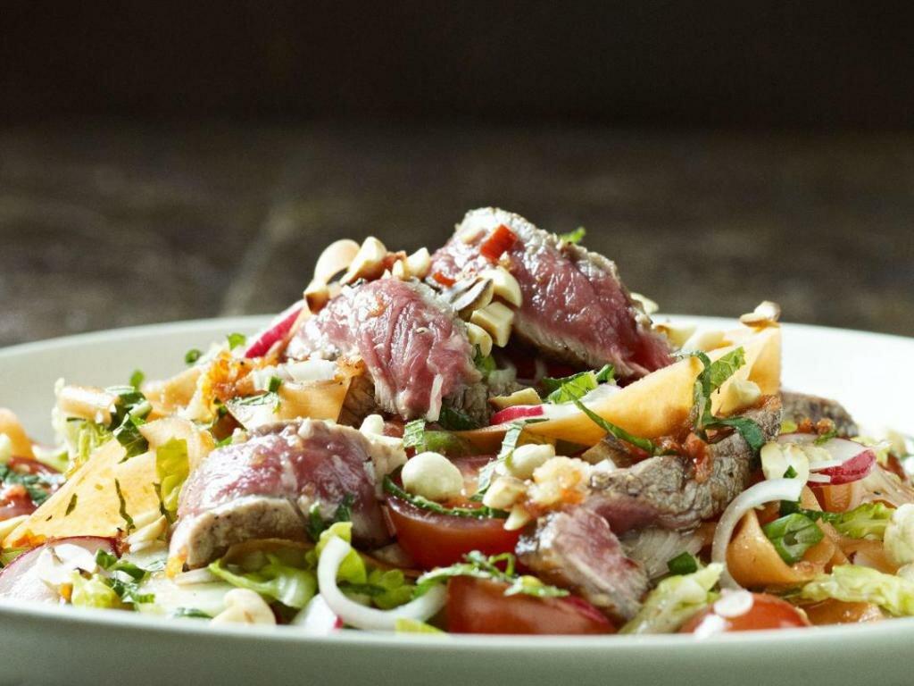 первые рецепты мясных салатов с картинками главной камеры