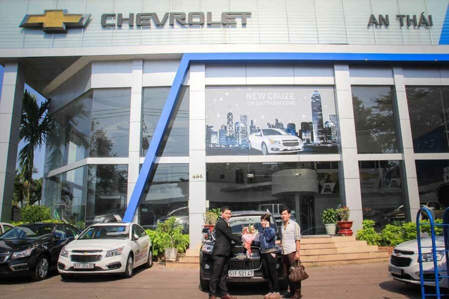 """CHEVROLET AN THÁI - CHEVROLET QUẬN BÌNH TÂN - CHEVROLET TPHCM  Đại lý Chevrolet An Thái tọa lạc tại số 464 Kinh Dương Vương, Phường An Lạc A, Quận Bình Tân, TP. HCM. Chevrolet An Thái chuyên kinh doanh các loại xe Chevrolet mới; cung cấp dịch vụ bảo hành, bảo dưỡng, sửa chữa xe ô tô và kinh doanh phụ kiện, phụ tùng chính hãng.  👉 Xem thêm tại đây: https://dailyxe.com.vn/showroom/dai-ly-chevrolet-an-thai-quan-binh-tan-tphcm-263h.html  Toàn thể Công ty luôn phấn đấu để thương hiệu Chevrolet An Thái mãi là niềm tự hào tỏa sáng và trở thành địa chỉ quen thuộc, tin cậy của mọi khách hàng.  👉 Xem tiếp tại đây: https://trello.com/c/aN8a0WOc/8-chevrolet-an-thai-chevrolet-quan-binh-tan  Ngoài phòng trưng bày được bày trí tiện nghi cho khách hàng và có sự hiện diện của các dòng xe mới. Xưởng sửa chữa bảo trì của Chevrolet An Thái được đầu tư kỹ lưỡng với 26 khoang   👉 Xem hình ảnh tại đây: https://www.scoop.it/t/gia-xe-chevrolet-colorado-mua-xe-chevrolet-colorado-tra-gop/p/4104492622/2019/01/08/chevrolet-an-thai-quan-binh-tan-chevrolet-tphcm  Đội ngũ kỹ sư, kỹ thuật viên chuyên nghiệp đã được các chuyên gia GM Việt Nam trực tiếp đào tạo. Phương châm hoạt động của showroom đó là """"Khách hàng là trên hết"""", Chevrolet An Thái thường xuyên tổ chức các lớp đào tạo hướng dẫn khách hàng kỹ năng lái xe an toàn, chăm sóc và cách thức sử dụng xe tốt nhất.  👉 Xem ngay: https://www.reddit.com/user/dailyxechevrolet/comments/adqhfa/chevrolet_an_thai_chevrolet_binh_tan_chevrolet/  Chevrolet An Thái là đại lý bán xe và cung cấp các dịch vụ tốt nhất dành cho khách hàng. Hiện nay, tại showromm Chevrolet An Thái có dịch vụ bán xe trả góp với giá thành cạnh tranh cùng nhiều ưu đãi khác. Đội ngũ nhân viên phòng dịch vụ và phòng kinh doanh của Chevrolet An Thái giàu kinh nghiệm, được đào tạo kiến thức nghiệp vụ bài bản nên sẽ sẵn sàng hỗ trợ,tư vấn cho khách hàng khi khách hàng tham quan, mua sắm cũng như sử dụng dịch vụ tại showroom.  👉 Xem tiếp: https://twitter.com/giachevrolet/status/108248882648"""