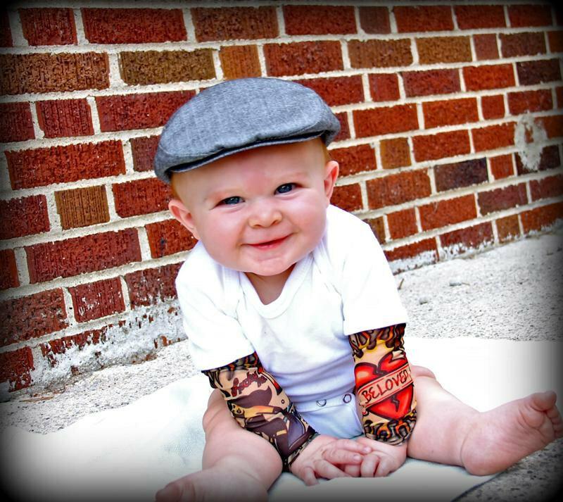 Картинки маленьких детей в кепках