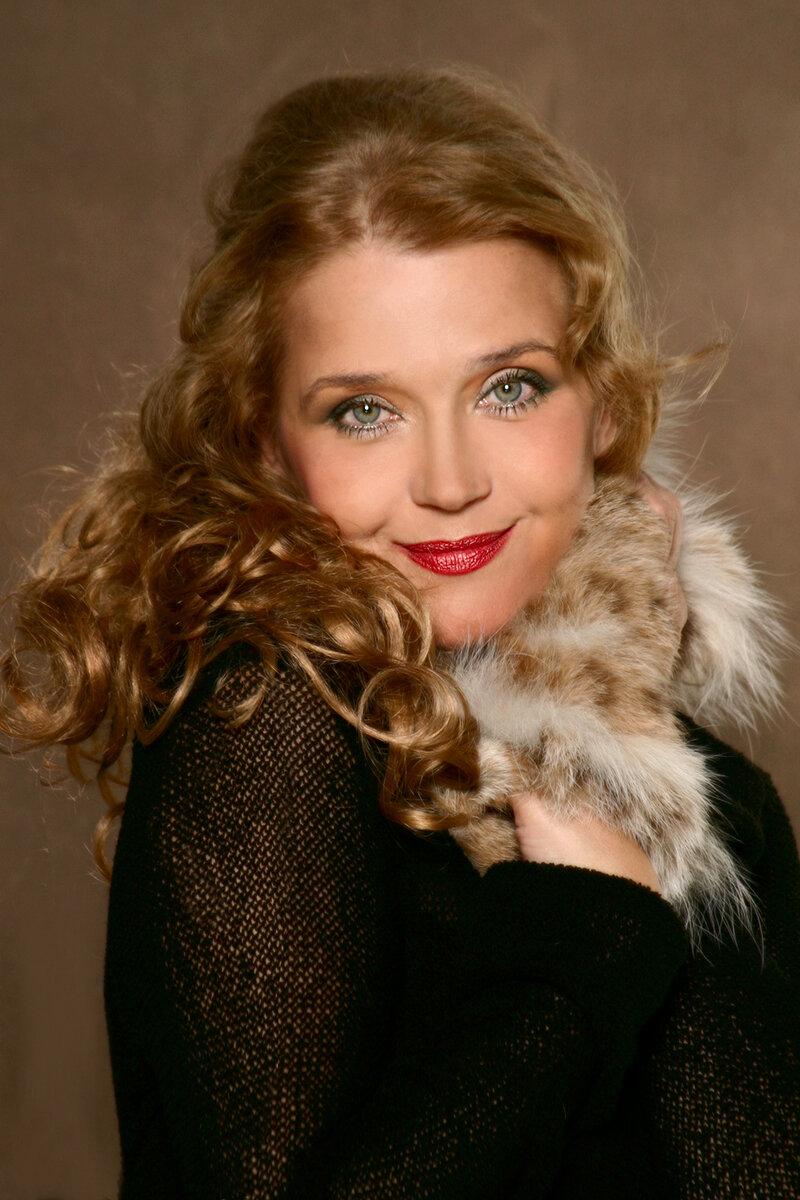 Внутри каталог актрис русского кино