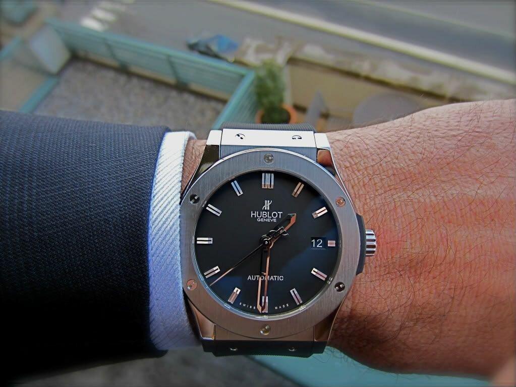 Часы Hublot в Алчевске