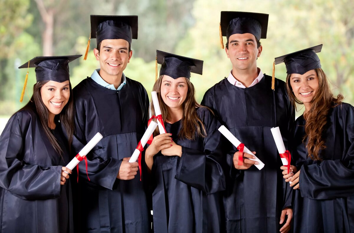 8-е марта, образование в картинках