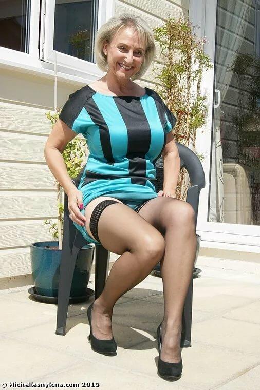 Тетя под юбкой фото — pic 1