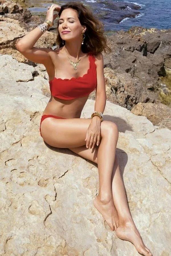 Российские актрисы в купальниках