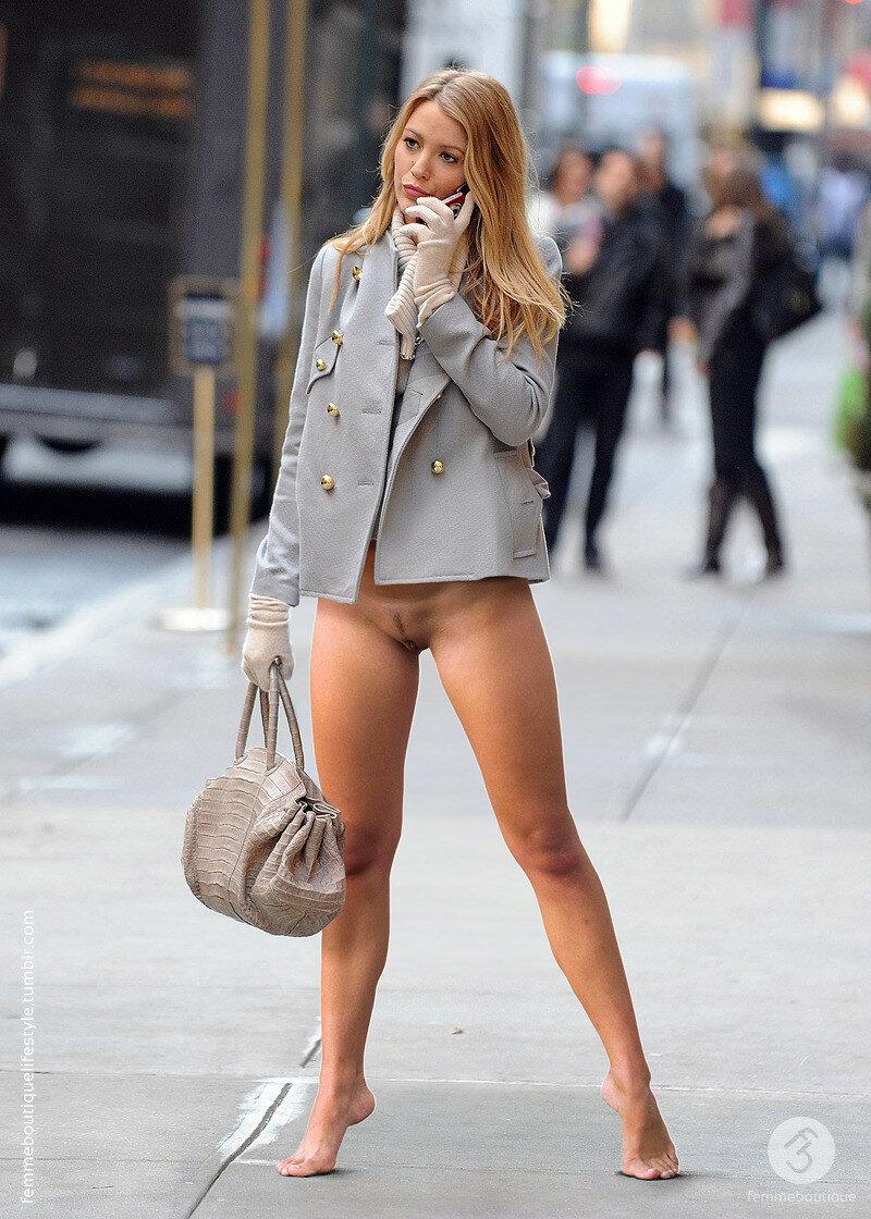 Sexy erotic women in public — photo 9