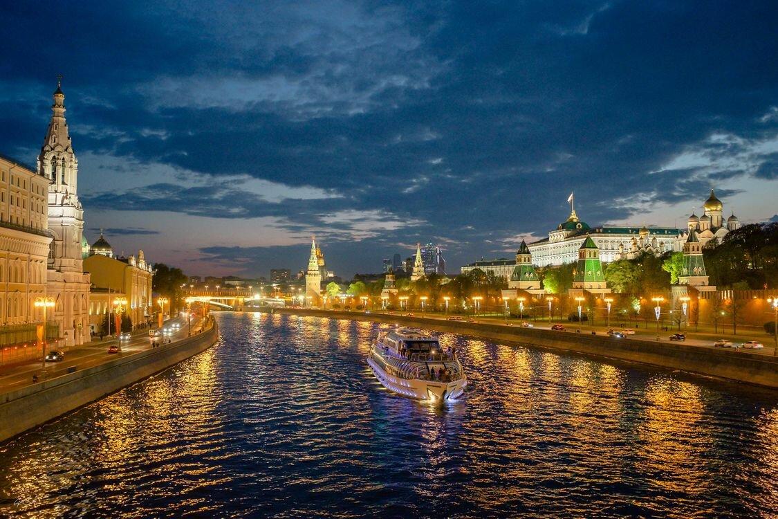 Картинки городов москва, открытки фотошоп почему