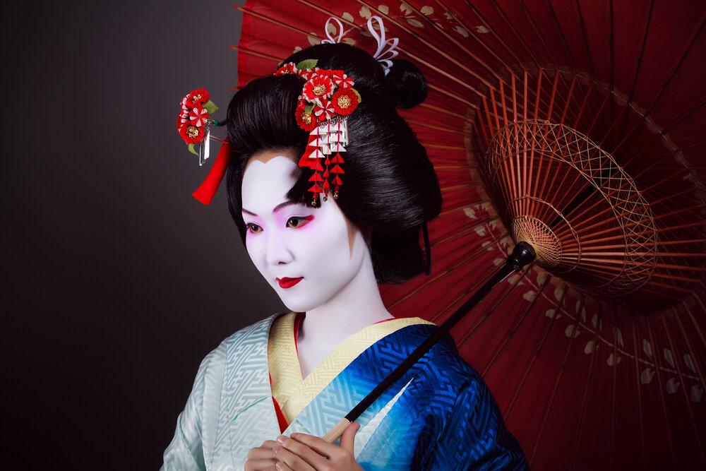 картинки японская прическа с палочками один анимационный