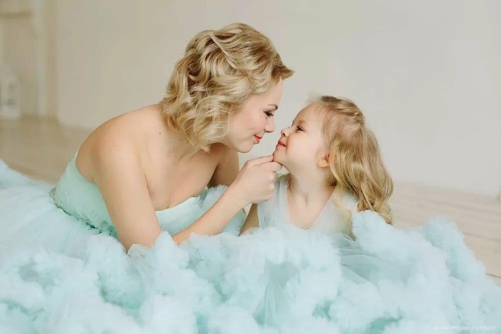 Красивые фото мать и дочь