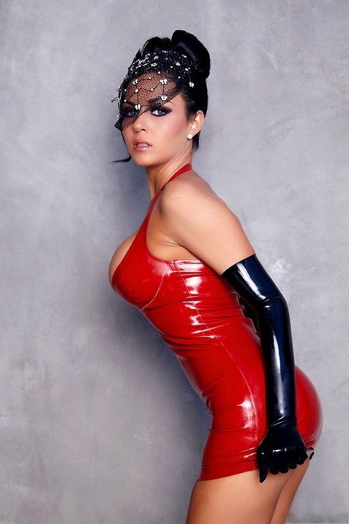 Isabella Fierra Red Latex Thumzilla 1