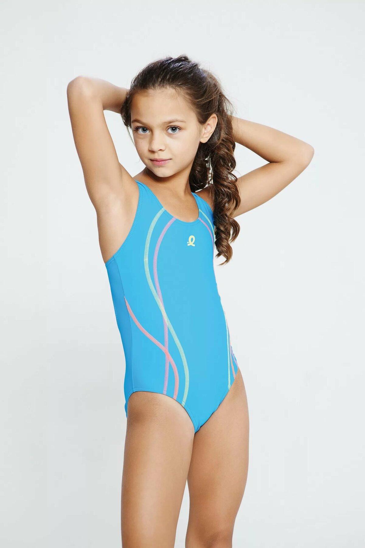 фото детей девочек в купальниках