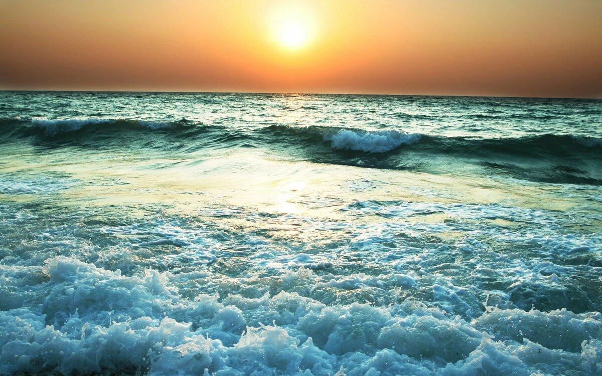 Показать картинки с морем, евгений яковлев открытки