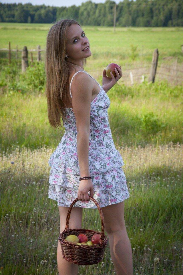 Сельские красавицы частное видео, сайт дюймовочки эротика фотомодель