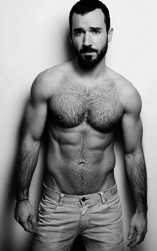 Сайты знакомств сексуальный бородатый мужик групповой
