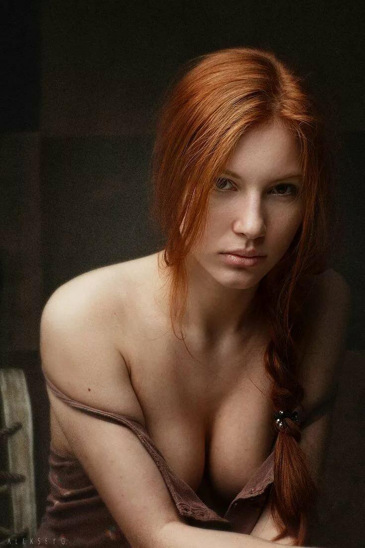 rizhenkie-devushki-seksi-foto-devushka-daet-lizat