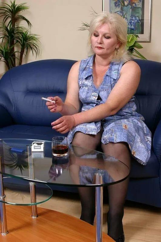 сьюзен начало как женщины зрелые себя ласкают там видео впрочем, сама писька