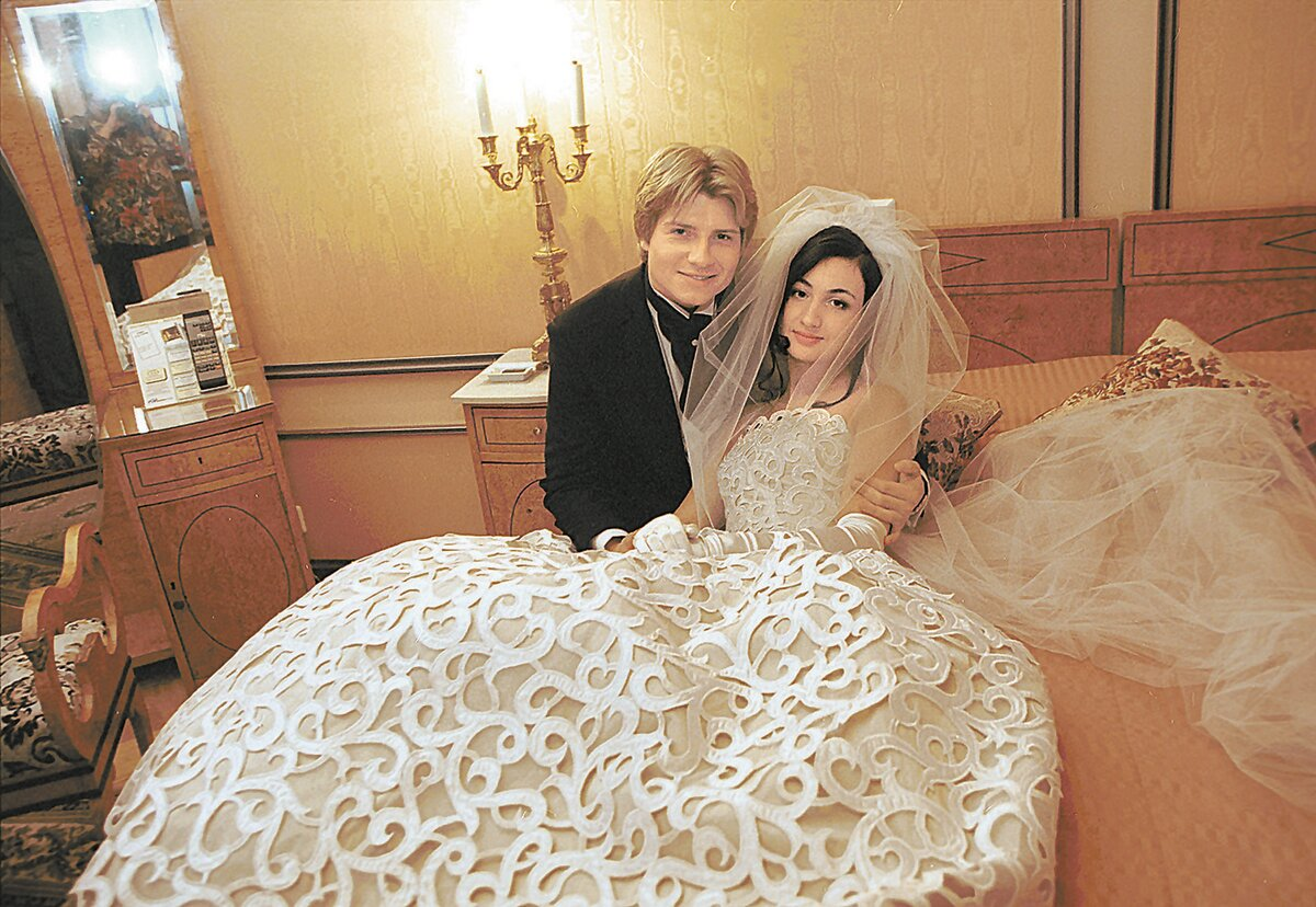 nikolay-baskov-svadba-na-prieme-u-ginekologa-smotret-porno-roliki-onlayn