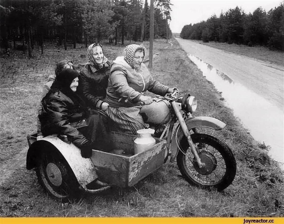 Ручная, прикольные картинки с бабками и мотоциклами