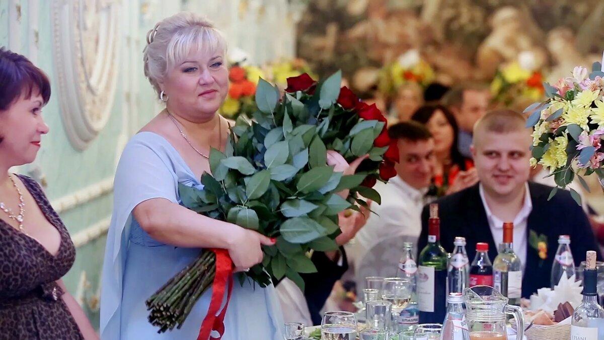 Цветы для молодоженов от родителей жениха, цветы белой
