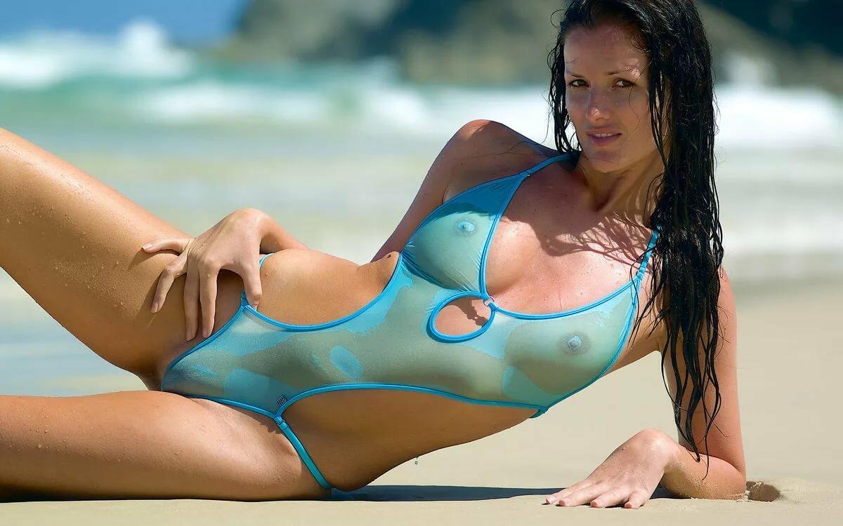 Прозрачные купальники от воды смотреть онлайн большие сиськи порно