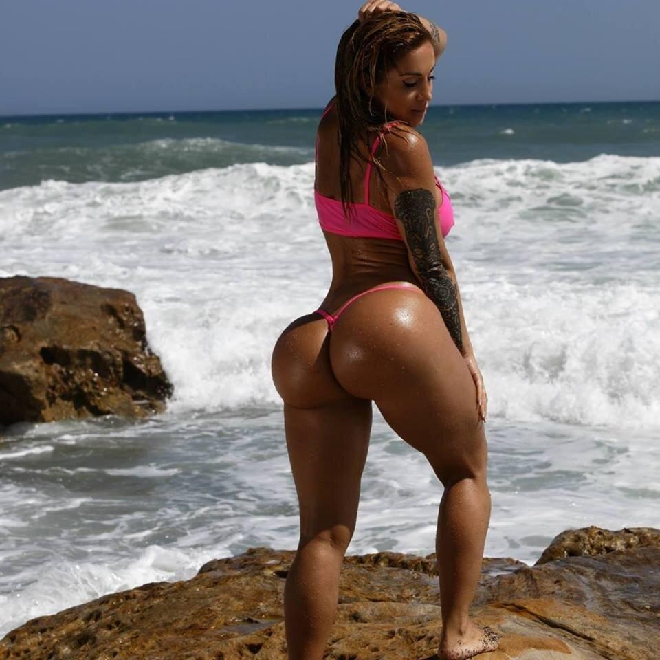 наверное, мы, кубинские девушки в стрингах видео зовут