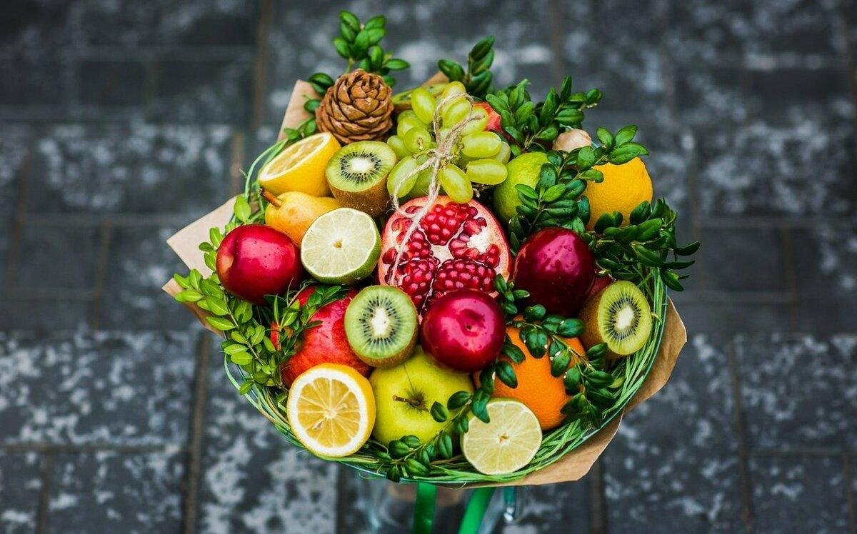 Любовь, открытка букет из фруктов