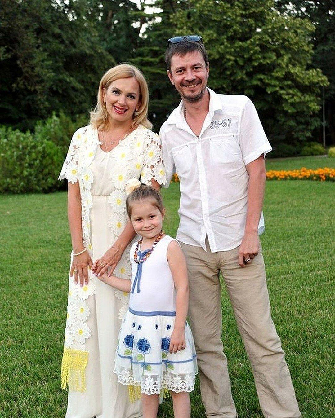 марина порошина и ее семья фото между