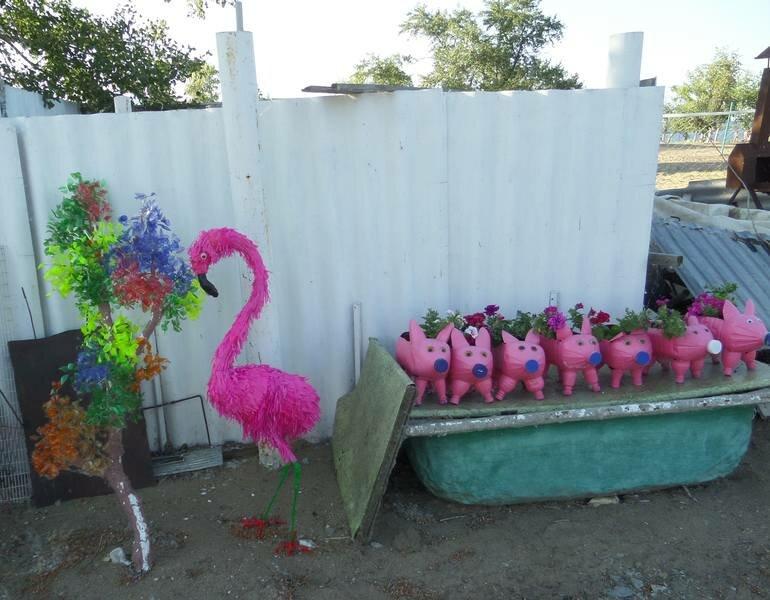 молчанов только фламинго из полторашек своими руками фото ромашек белая дорожка