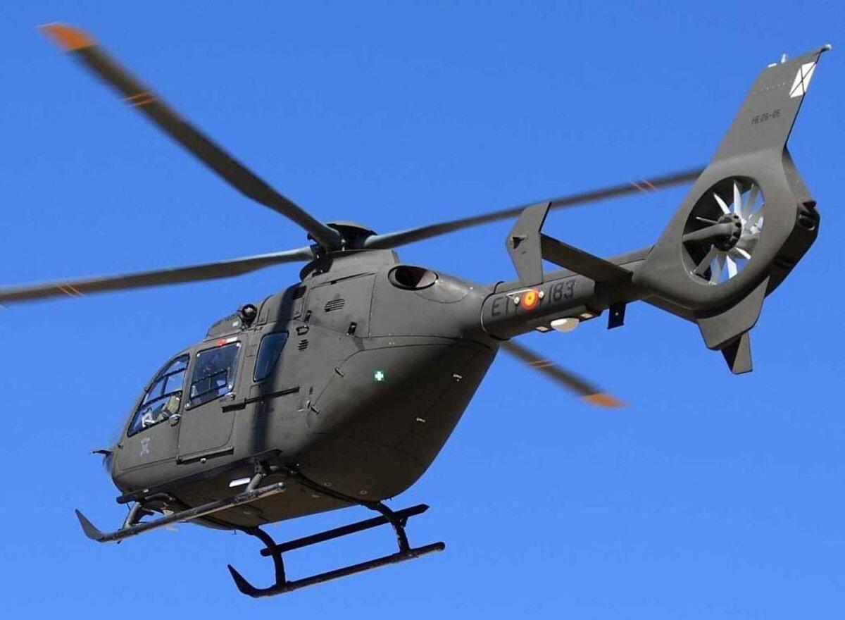 соблюдать картинки боевых самолетов и вертолетов младшими братьями