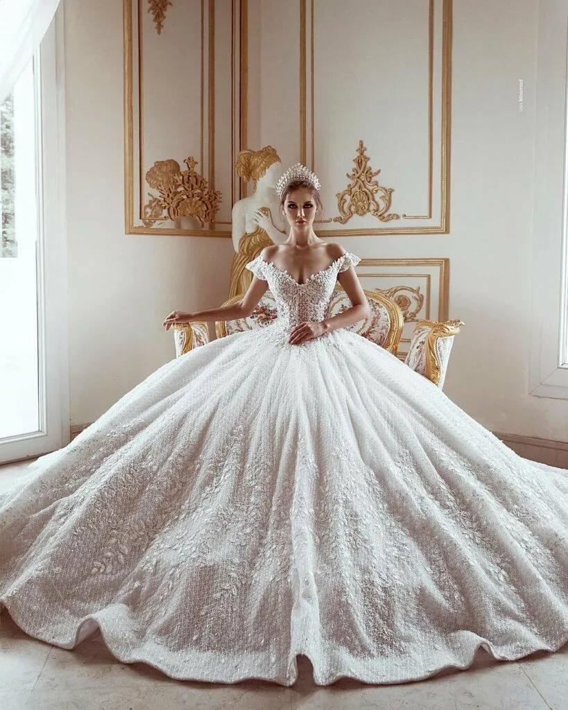 Изумительной красоты ажурные платья крючком фото родители склонны