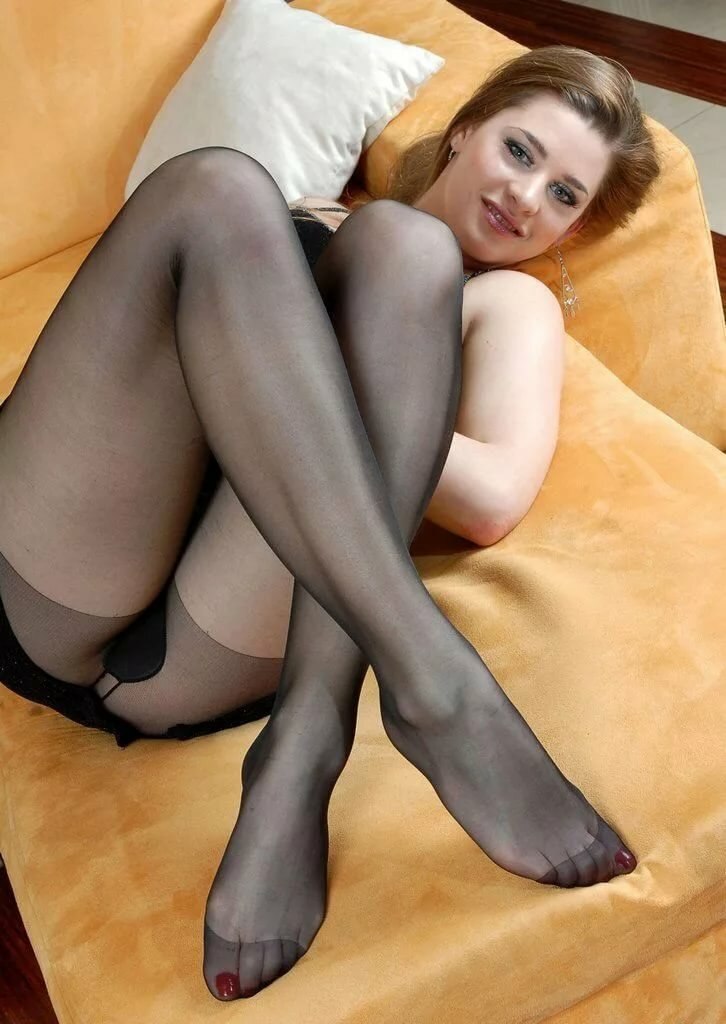 Ladies in pantyhose tits gallery sexy
