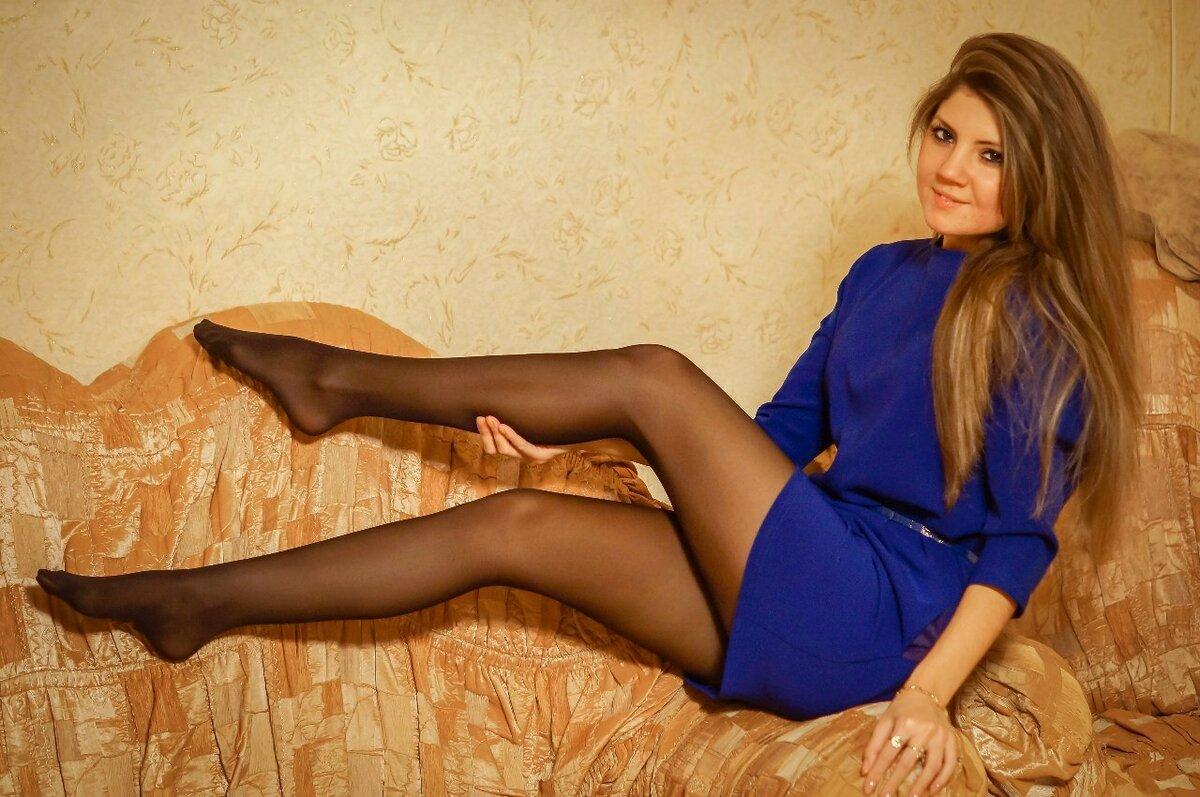 русские девушки в чулках фото забыл