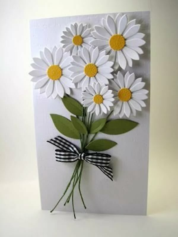 Открытка на 8 марта рука с цветком