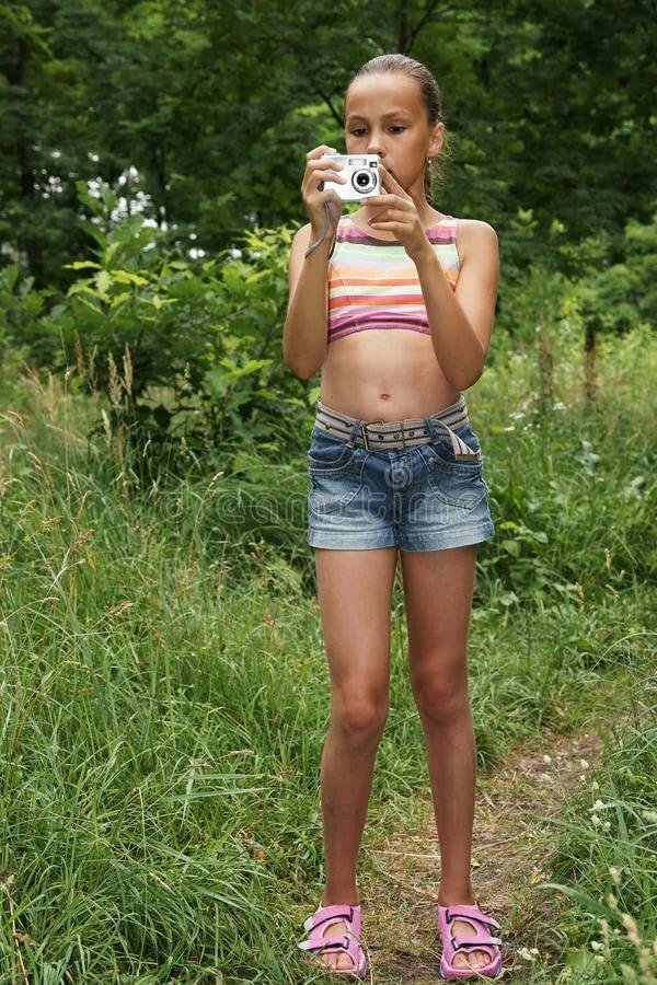 teacher-young-little-russian-girl-models-pissing-sxxx