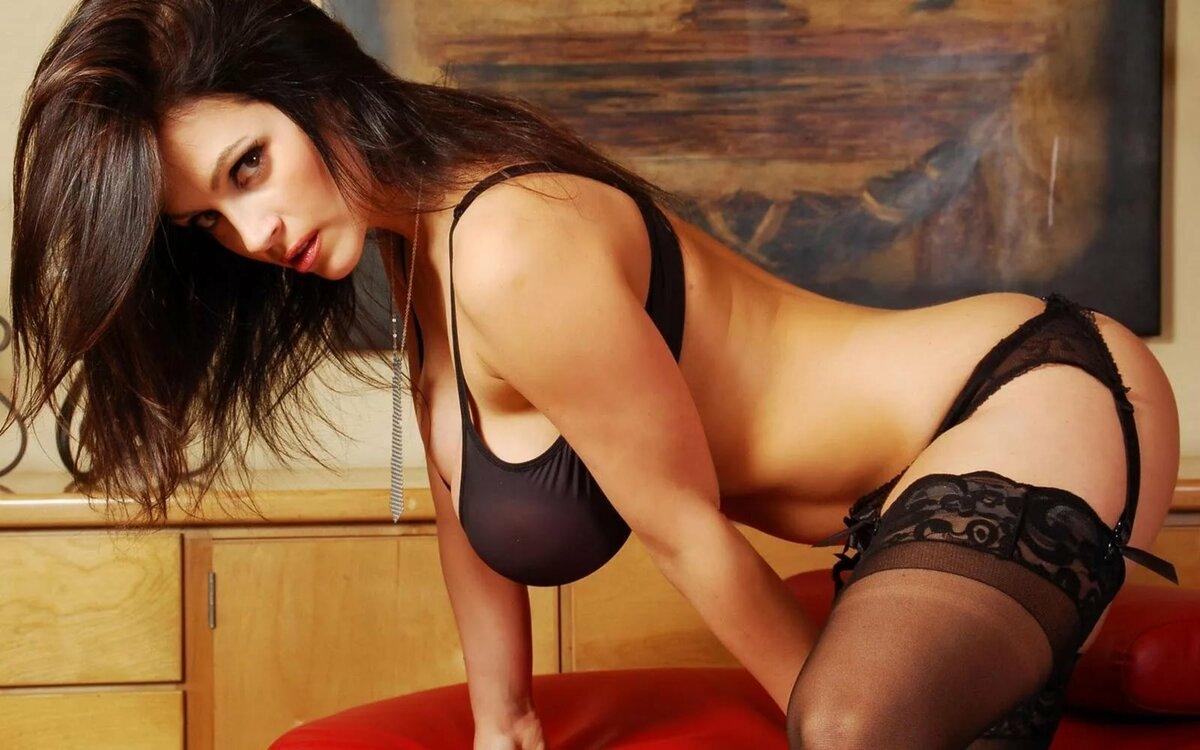 Сисястая девушка любит секс — photo 6