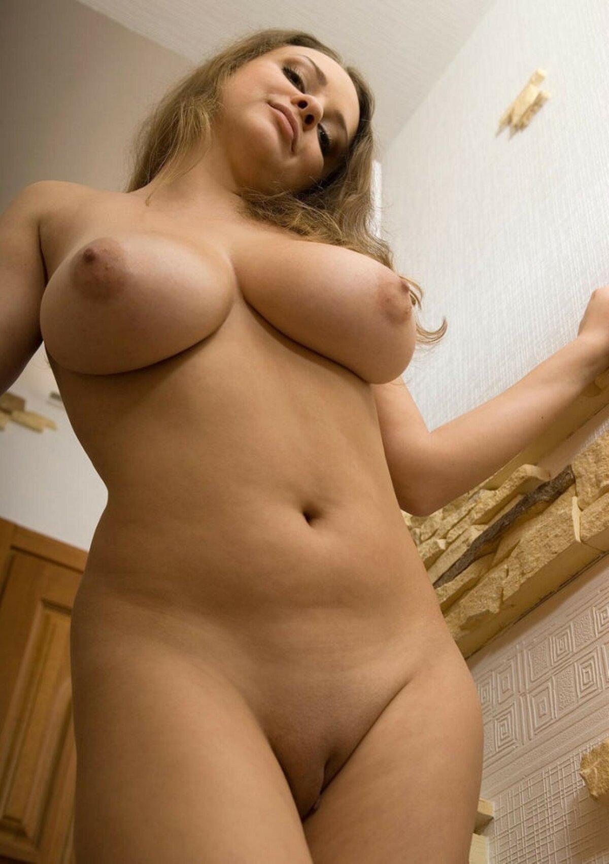 полные голые тела - 13