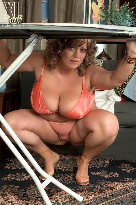 эти сексуальные женщины бальзаковского возраста пампушки фото снова