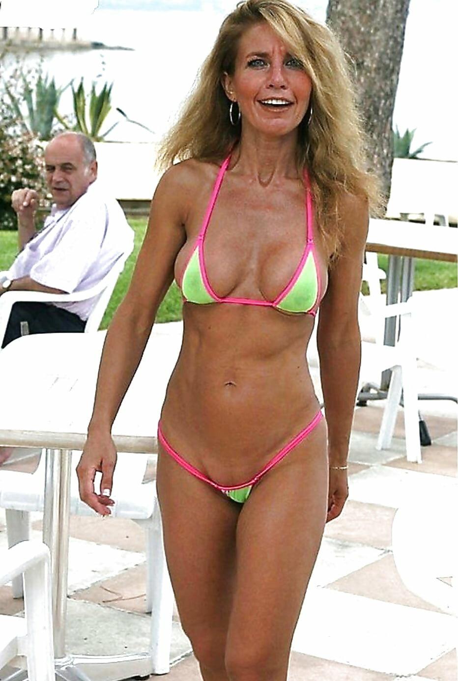 hot-milfs-in-bikini-galleries-busty-blonde-w-boob-ring
