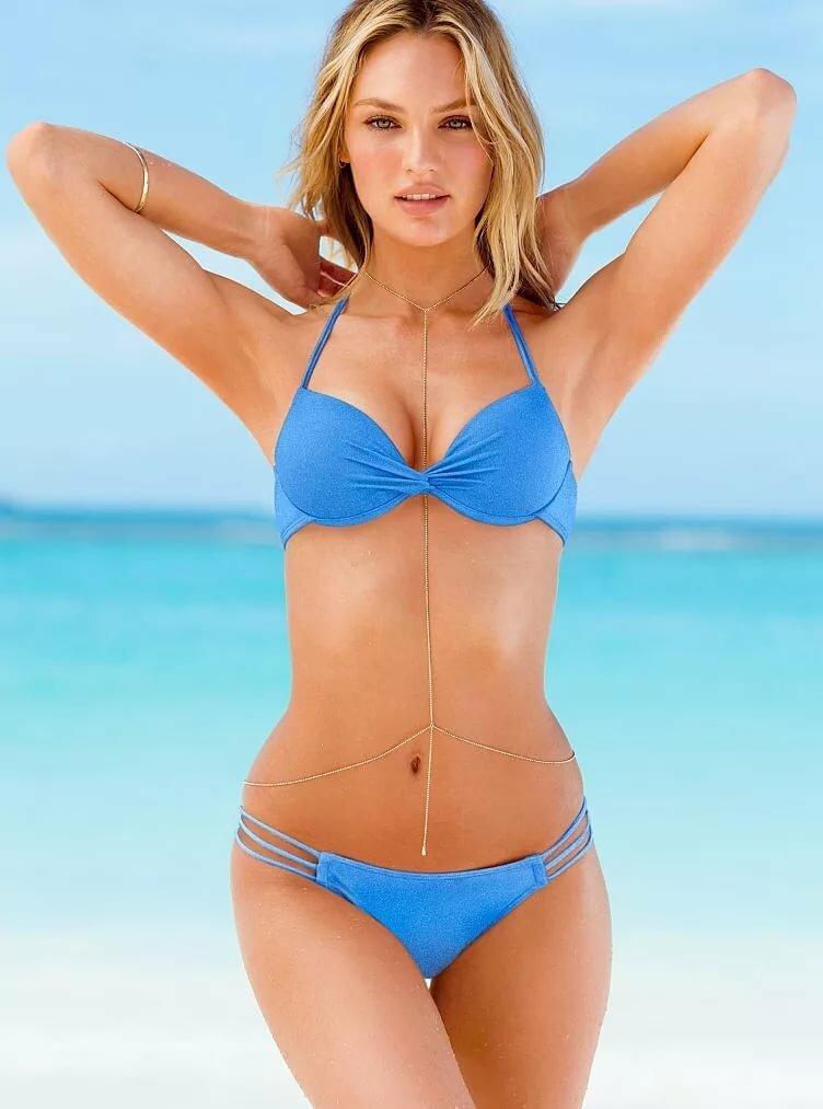 Models removing bikinis — 8
