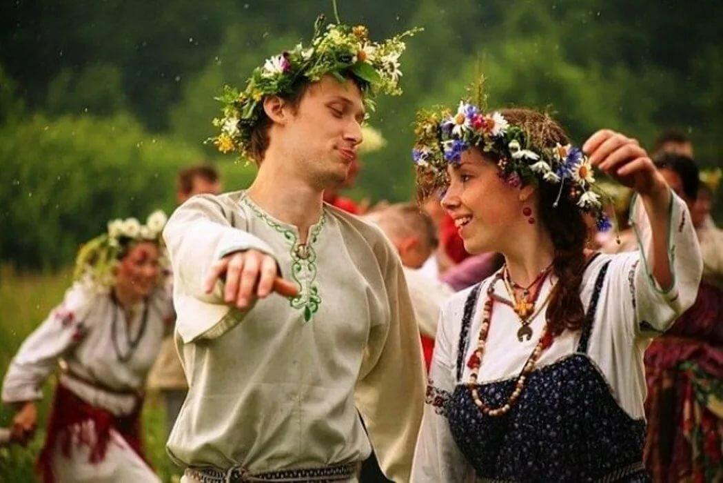 картинка славянские танцы год отличный, если
