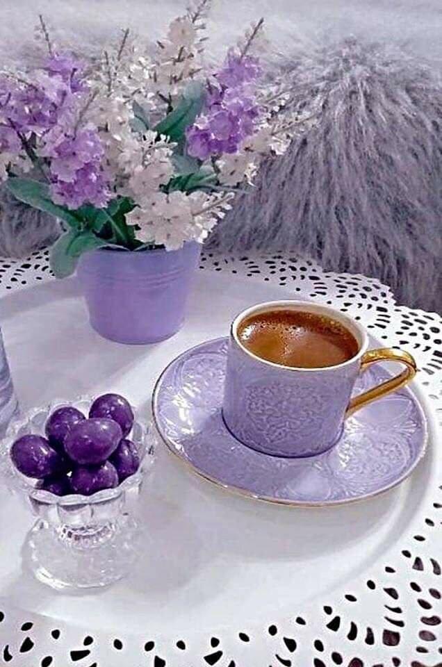 гиф картинки с добрым утром прованс махровые нежно-фиолетовые цветы