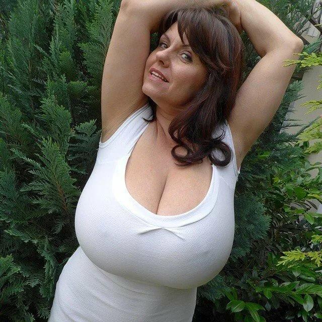 Полные груди зрелых, редтюб порно фото свингеров