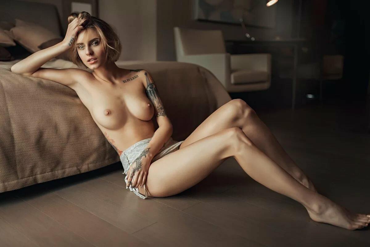 Runny nude