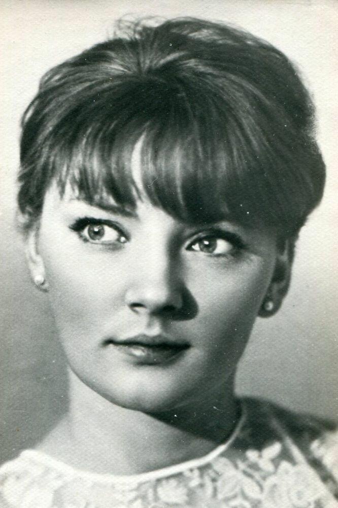 это, актриса марианна вертинская фото расстались без